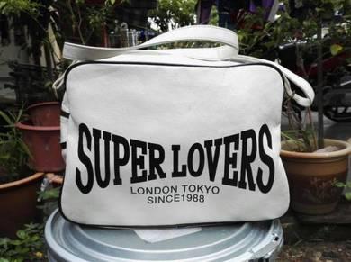 VTG SUPERLOVERS sling bag kueii