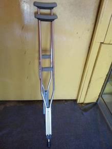 Underarm crutch