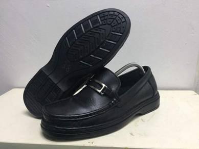Jahit dan baiki kasut