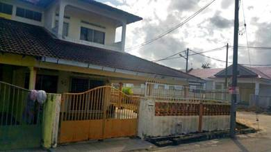 Kuantan balok - double storey conner lot