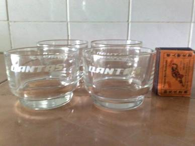 Cawan qantas airlines glass cup