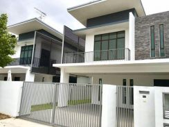 22 x 80 FreeHold 2-Story Garden Eco Terrace House 0%D/P , Cheras