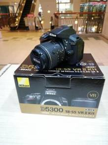 Nikon d5300 with 18-55mm vr ii kit (sc 6k only)