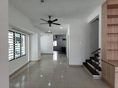 Double Storey CORNER House at Putra Harmoni, Putra Heights for SALE!