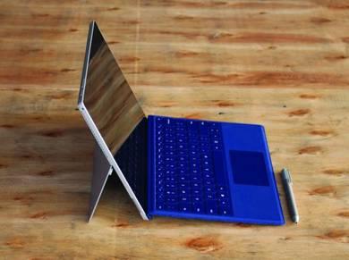 Microsoft Surface Pro 4 Hi Spec i5 8GB Ram 256GB