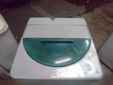 Washing machine mesin basuh National 5.2kG