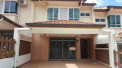 2-storey Terrace House,Luxurios Hillside Community