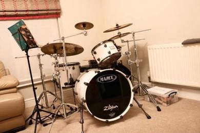 Mapex Saturn V 5pc drum kit with world max class