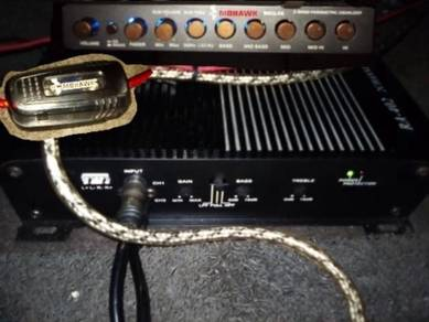 Power amp & preq amp for sale