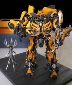 Transformers Bumblebee Dark of the Moon ThreeA 3A