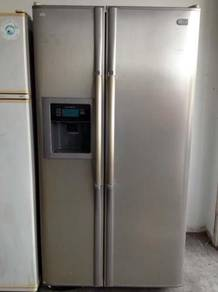 LG Freezer Ice Refrigerator Peti Ais Side by Side