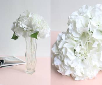 (Rent) Artificial Flower White Hydrangea