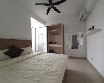 Golden City Condominium Room For Rent Nearby PWTC walking distance LRT