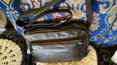 Messenger Sling Bag Ori Leather Bundle