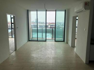 Roxy Apartment at Sunny Hill(3rd Mile Kch)