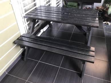 Garden table/chair/bench