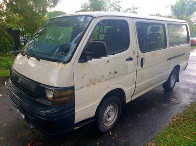 1996/97 toyota hiace 2.5 window van power steering