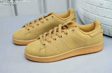 Shoes Adidas Classic Shamrock kasut nike