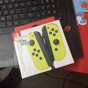 Joy con nintendo switch yellow