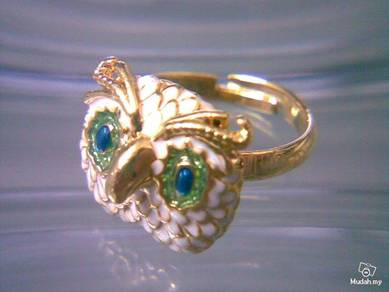 ABRGM-O004 Cute Shining Owl Face GoldMetal Ring FS