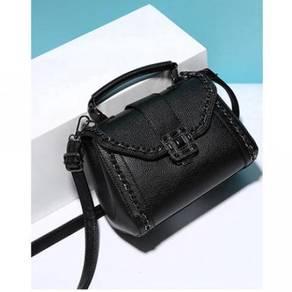 Hb3687 sling bag