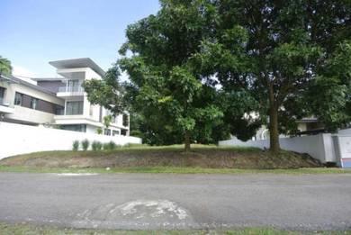 Bungalow Land at Jalan Golf, Bangi Golf Resort. Flat Land