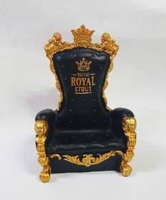 Royal scouts miniature sofa