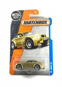 Matchbox 2016 MBX Adventure City BMW M1 #12 Gold