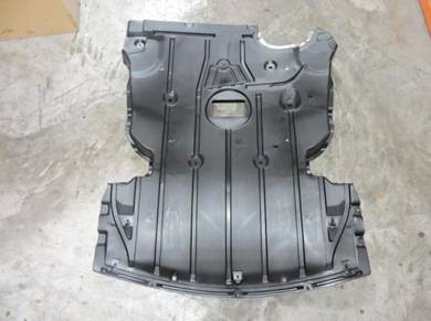 BMW 3-Series E90 Engine Lower Cover Undercarriage