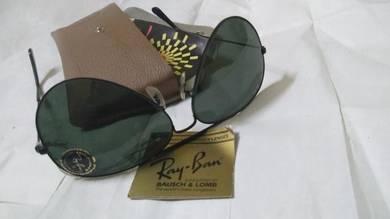 Ray ban large metal gray lense