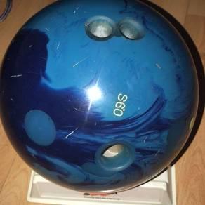 Bowling Ball 900 Global