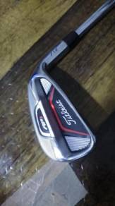 Golf Titleist Iron 7 AP1 712