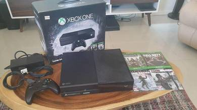 Xbox One 1TB with 4 games