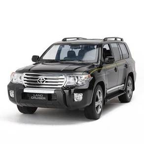 Remote Control Toyota Land Cruiser 1:24 4WD model