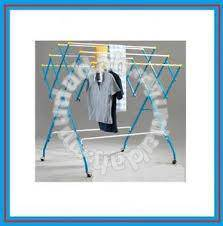 3v clothes hanger rack