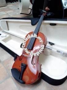 Violin 4/4 Hyburg Brand