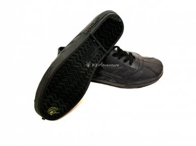 Kampung Adidas Rubber Shoes Black (Lace)