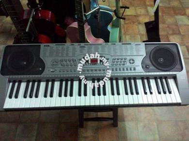 Techno T-9600ig2 Keyboard(16 Demo songs)