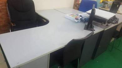 Meja Pejabat Office table L