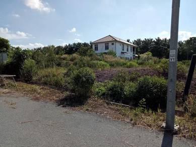 Tanah lot banglo di ayer keroh / durian tunggal