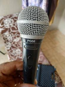 Sure Mic with Cable and Holder