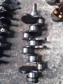 Crankshaft Mitsubishi Delica L300 4G37 4G32 4G63
