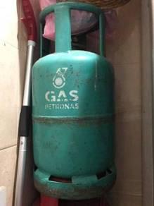 Tong gas petronas