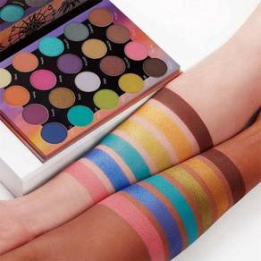 Weekend festival pallete