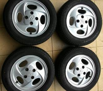 13 Inch wheels with tyres