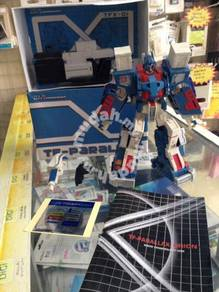 KO Fansproject TRANSFORMERS CLASSIC ULTRA MAGNUS