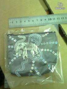 Bag kecil untuk syiling dari Phuket