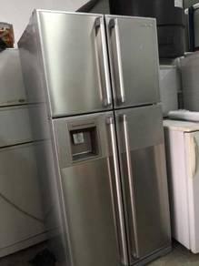 Hitachi Side by side Refrigerator Freezer Fridge