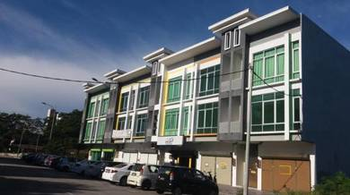 Brand new 3 storey shoplots in Jalan Teh Hawa