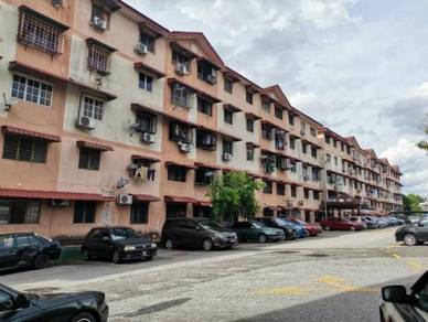 2nd floor unit for RENT AT IDAMAN Apartment